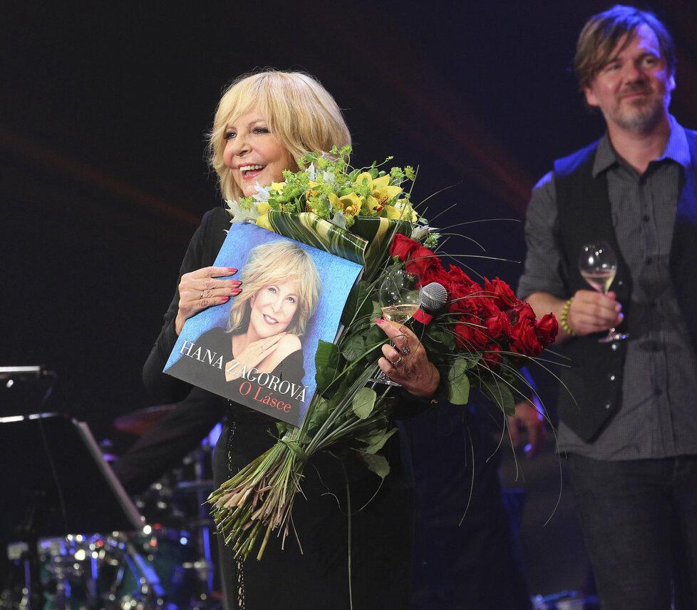 Hana Zagorová slavila na koncertě 70. narozeniny.