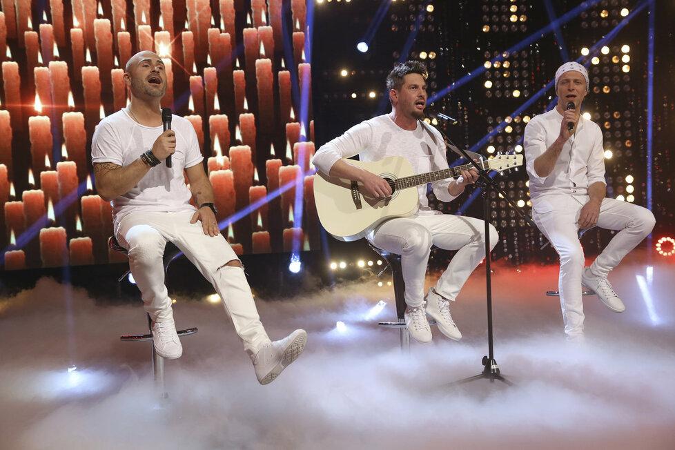 Po dlouhých 14 letech vystoupí Lunetic, kde chybí jen Martin Kocián, který se ke skupině už nehlásí.