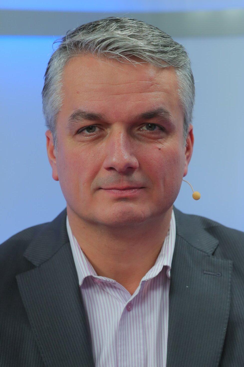 Ředitel pošty Roman Knap ve studiu Blesku