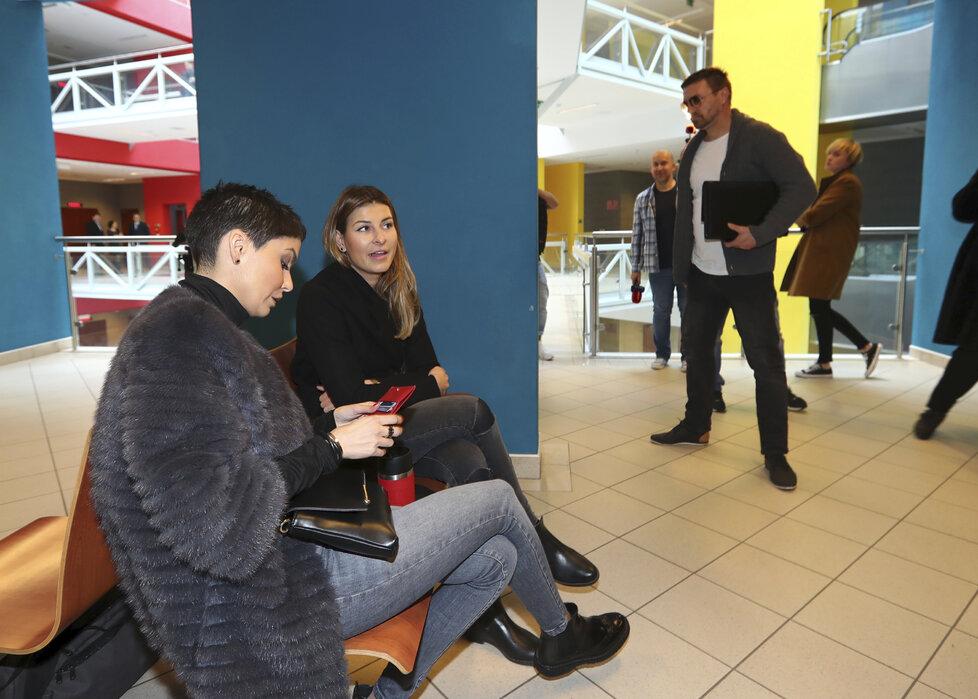 Tomáš Řepka se s Vlaďkou Erbovou potkal u soudu o alimenty na jejich syna. Asi nikoho nepřekvapí, že to setkání příliš vřelé nebylo.