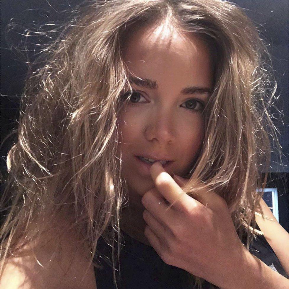 Lucie Vondráčková sdílela selfie z postele.