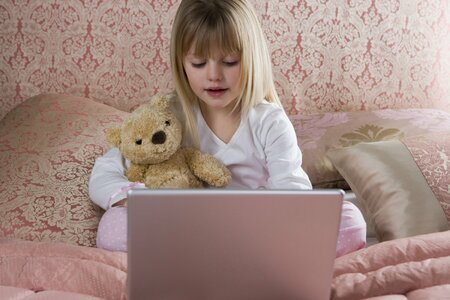Děti dnes umí s počítačem lépe, než lecjaký dospělý.