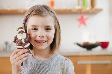 Ve sladkostech je často více náhražek, tuku a cukru než čokolády