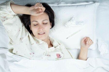 Tuto sezónu má chřipka mnohem pomalejší nástup, než jsme zvyklí, proto nemusí být na první pohled rozpoznatelná.