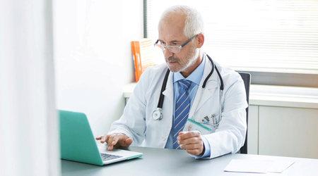 Čeští lékaři se povinné elektronizaci spíše brání.