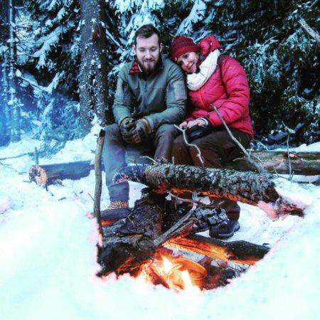 Mráz a sníh? Žádný problém! Vendula Pizingerová s manželem spali pod širákem.