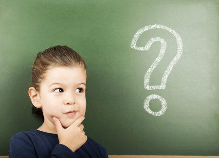 Děti mají mnoho zvídavých dotazů. Jak na ně odpovědět?