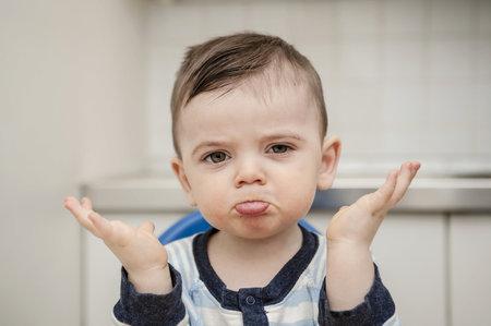 Dítě je moc malé na to, aby znalo celou pravdu.