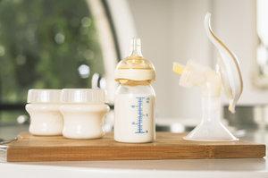 Znáte těchto devět způsobů, jak využít mateřské mléko? Budete šokovaní!