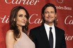 Rozvádějící se Pitt a Jolie znovu na nože! Angelina chce odvézt děti