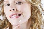 Vyrážky trápí i zralou pleť: Co vám škodí a co pomůže?