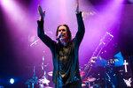 Ozzy Osbourne i Johnny Depp zahrají v Praze: Jak se dostat na koncert a které písně zazní?