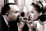 Příliš romantiky škodí vztahům! Hugh Grant prostě dneska na večeři nepřijde!