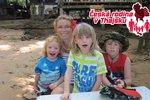 Česká rodina v Thajsku: Připlula zásobovací loď