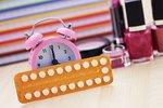 """Vědci slibují antikoncepci pro """"zapomnětlivé"""". Pilulky testují na prasatech"""