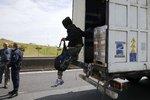 Další chladicí kamion s 12 migranty: Tentokrát přežili, policie je odhalila v Belgii