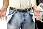 Minimální mzda a zbytek peněz na ruku? Výhoda jen pro jednu stranu