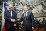 Zeman je trojský kůň Ruska, tvrdí autoři studie o dezinformačních webech