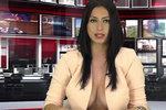 Kozatá moderátorka získala práci díky ňadrům, teď jí hrozí vyhazov za focení pro Playboy