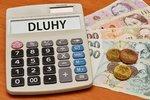 Menší splátky a osobní bankrot i pro nejchudší: Senát chce cestu z dluhů upravit