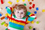 Naučte své děti zapojovat při hraní rozum. Velká domácí laboratoř bude bavit i vás!
