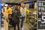 Černý pátek na jihu Moravy: Slevy až 66 %, frčela elektronika