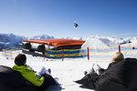 Teplá zima vyhnala Čechy na lyže za hranice. Útokem berou Alpy, hlásí cestovky