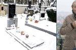 Šokující zpráva z Plzeňska: Někdo ukradl věnce z hrobu rodičů Karla Gotta!