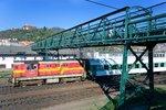 V Českém Brodě se za jízdy roztrhl vlak: Bylo v něm 400 lidí