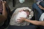 Virus zika zmrzačil první evropské dítě: Španělka přes nákazu odmítla potrat