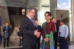 Zaorálek pozval do Česka držitelku Nobelovy ceny míru. Su Ťij uznával už Havel