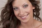 Vyzkoušeno před kamerou: Jak dopadl nový make-up a opalovací krém v jednom?