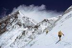 Sněhová bouře zabila v Nepálu devět horolezců. Na lepší počasí čekali marně