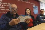 Iráčtí uprchlíci, kteří už mají v Česku byty, se omluvili za nevděčné krajany