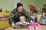 Zemanová u pilotů v Čáslavi: Otevírala první vojenskou školku
