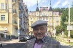 Lázeňský švihák Karel Gott: Zpěvák se kurýruje v Mariánských Lázních