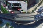 Číňané chtějí bojovat s dopravními zácpami vlakem na kuřích nožkách