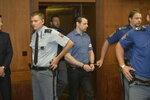 Fantasmagorie, šarlatáni a chyba soudkyně: Armáda advokátů bojovala za Kramného