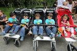 Rodiče příštích paterčat si polepší, vláda jim zaplatí pečovatelku