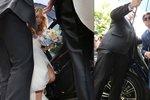 ONLINE: Svatba Brzobohatého a Kuchařové! Slavní hosté, rodina a obrovské manévry