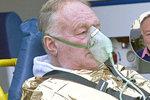 Luděk Sobota se zotavuje z operace kýly, při níž mu našli nádor: Jsem pořád lemra! Rád bych už něco dělal