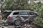 Řidič smetl před nemocnicí lékaře na kole, při útěku naboural a zabíjel