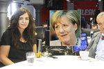 Merkelová musela spolknout ropuchu kvůli uprchlíkům a Turkům, míní Schwarzenberg