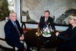 Gorbačov se vrací do Prahy. Sovětský exprezident tu byl ještě za Havla na Hradě