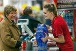 Zavřené obchody o všech svátcích: Slovensko chce tvrdě bránit prodavačky