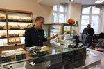 Pražský magistrát otevřel luxusní bufet. Pracují v něm hendikepovaní