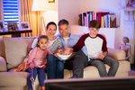 Zeman schválil přechod na DVB-T2. Diváky výměna televizí vyjde na 5 miliard