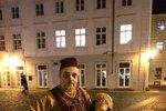 V Týnském dvoře straší Turek držící hlavu. Uřízl ji své milované dívce
