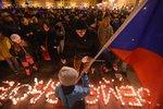 Extremisté, slavnost svobody i protest proti Hradu. Češi se chystají na 17. listopad