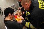 Praha 7 shání pro hasiče a záchranku plyšáky: Pomůžou dětem při neštěstích. Psychologové si to pochvalují